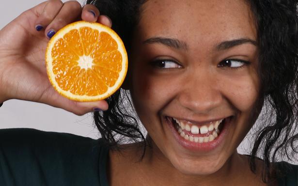 Nyeleni-w-oranges